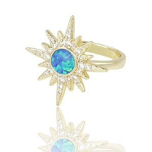 Star ring in blue opaline, crystals and gold metal